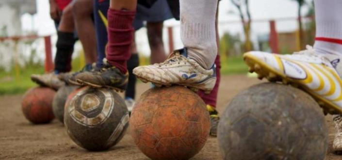 Slum Soccer. Turnamen sepakbola bagi kaum papa. Biasanya digunakan sebagai sarana untuk memperjuangkan hak-hak ekonomi dan sosial, kini akan digunakan oleh FIFA sebagai turnamen resmi. (photo courtesy slumsoccer.org)