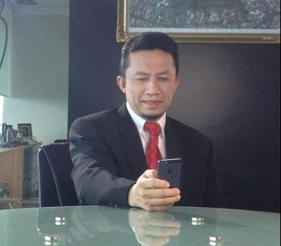 Menkominfo Tifatul Sembiring, menjawab melalui akun Twitter bahwa pencegahan MERS akan berdampak positif bagi infrastruktur komunikasi dan moral di Indonesia. (photo courtesy kabar24.com)