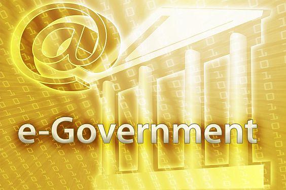 Meski sudah merupakan program pemerintah pusat, implementasi e-government tetap dijadikan program utama dalam kampanye capres Joko Widodo. Namun, rupanya rencana Jokowi tidak akan berhenti sampai di situ melainkan hingga tahapan e-country, menurut para pendukungnya. (photo courtesy itp.net)